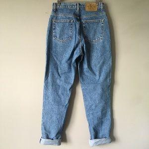 Vintage Calvin Klein | High Rise Mom Jeans 8
